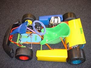 Een minikart met 60cc Gazelle motor voor de kinderen